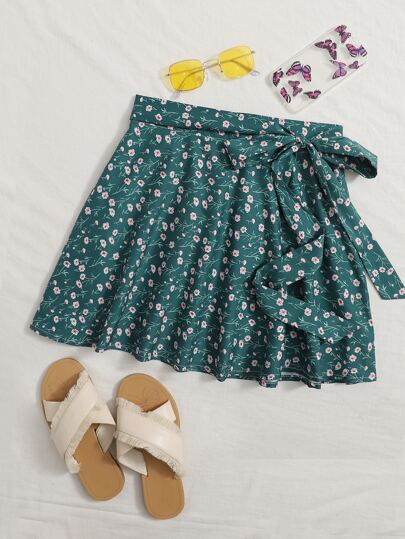 Ditsy Floral Tie Front Skirt