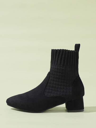 Minimalist Chunky Heeled Ankle Boots