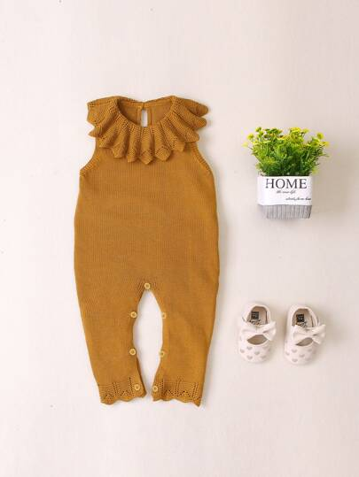 Baby Girls Scallop Ruffle Neck Knitted Jumpsuit