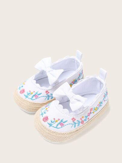 Baby Girls Floral Embroidered Flats