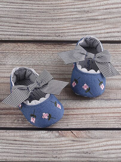 Baby Girl Floral Embroidered Striped Bow Decor Flats