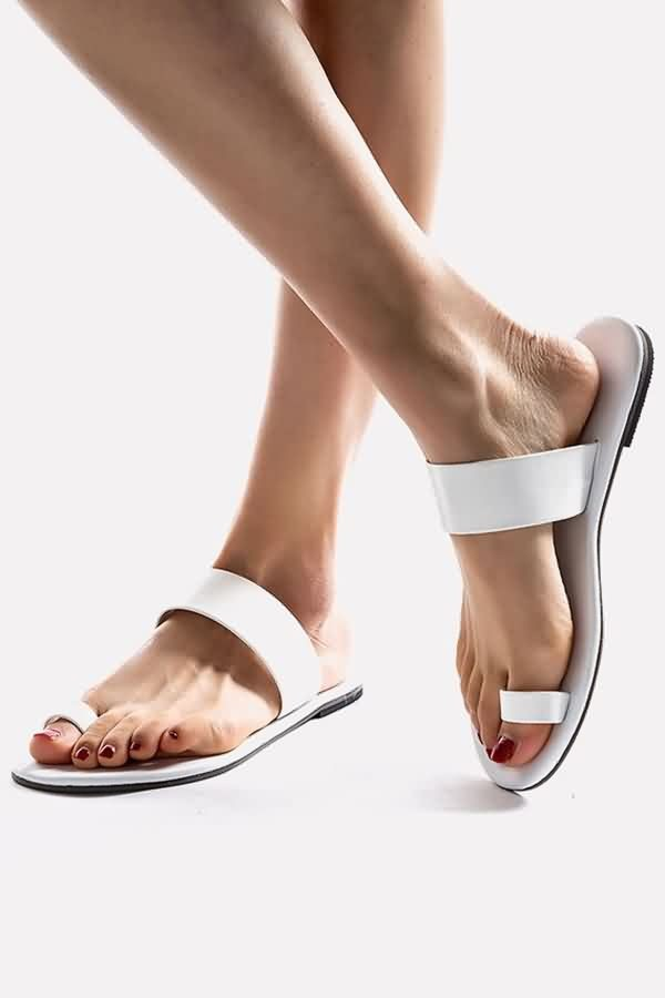 White Toe Ring Thick Band Slip-on Sandals