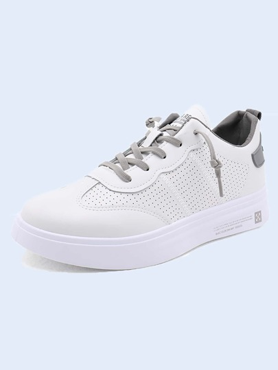 Men Lace-up Front Perforated Decor Skate Shoes
