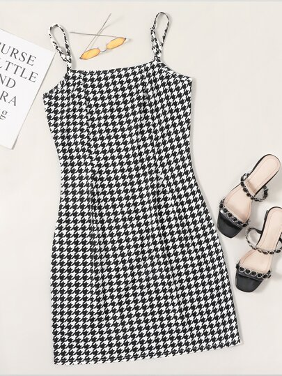 Houndstooth Print Fitted Cami Dress