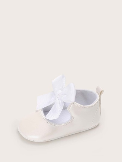Baby Girl Bow Decor Flats